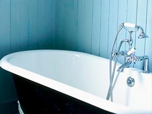 Как покрасить ванну в домашних условиях своими руками