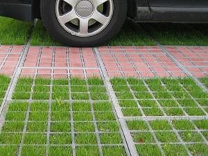 Укладка газонной решётки