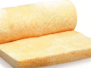 Материалы для теплоизоляции крыши: минеральная вата и фольгированный полистирол